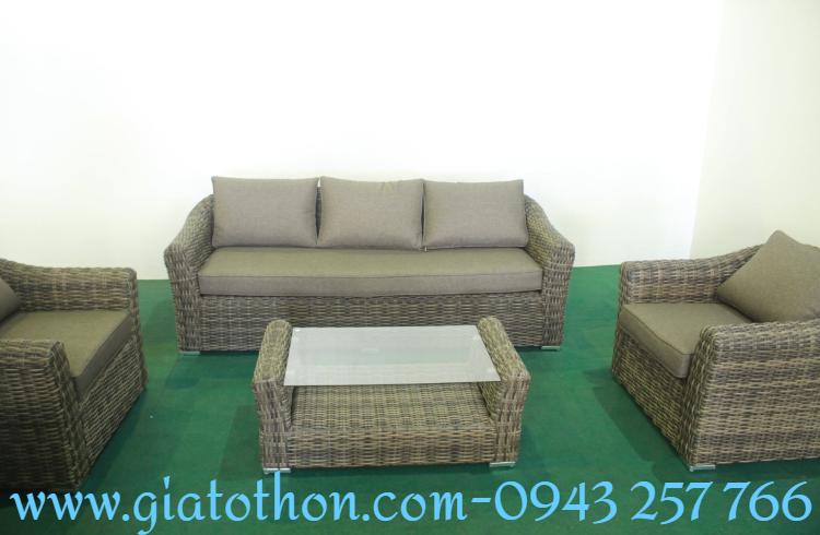 ban-ghe-sofa-nhua-may-gia-re (1)