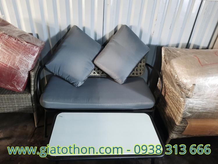 bàn ghế sơn tĩnh điện nghệ thuật