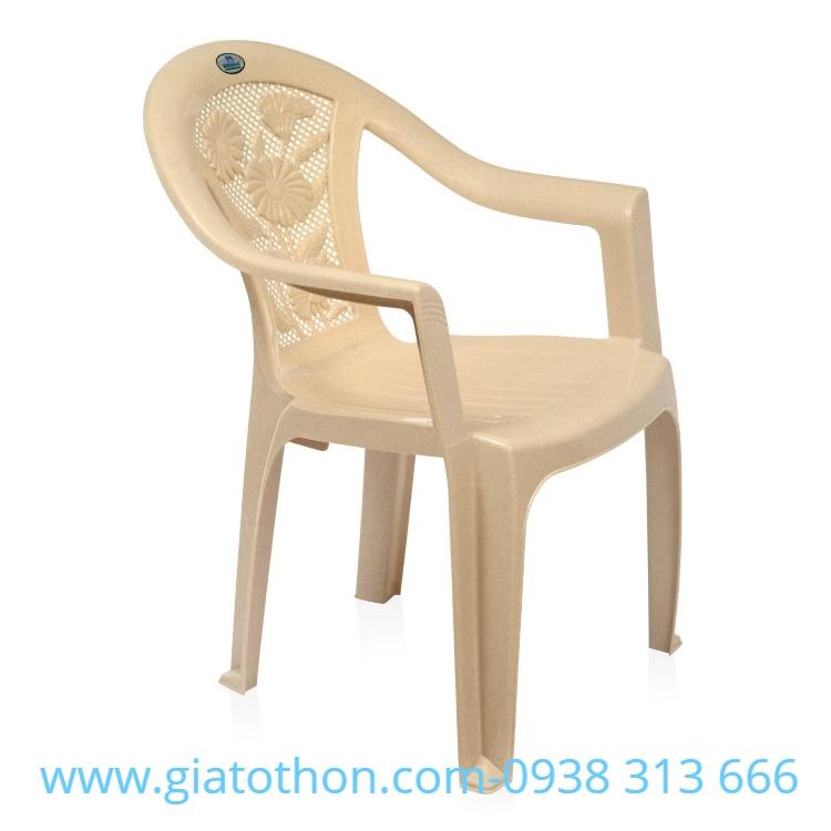 ghe-nhua-da-cam-thach-be-chinh-hang (1)